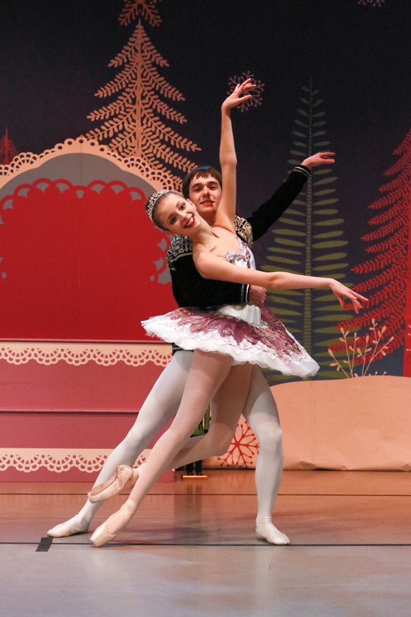 Click to enlarge image AOTW-Nicolaus-Nutcracker.jpg