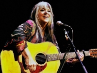 Iconic Songwriter Melanie to Perform at Caffe Lena Aug. 2